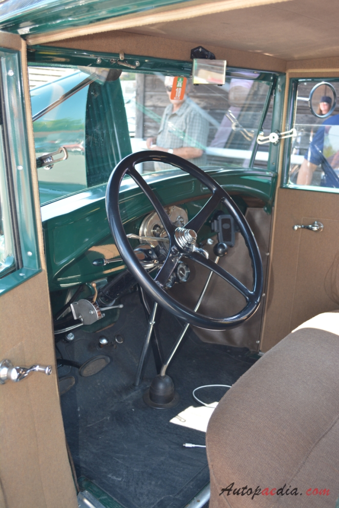 Ford Model A 1927 1931 (1928 Wood Gas Fordor Leatherback 4d ...
