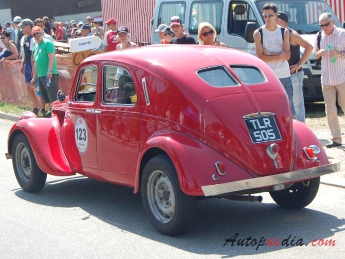 http://www.autopaedia.com/auta/Lancia/Lancia_Aprilia/Lancia_Aprilia_1937-1949_(1939_Berlina_4d)_(01)_-CA1-.jpg