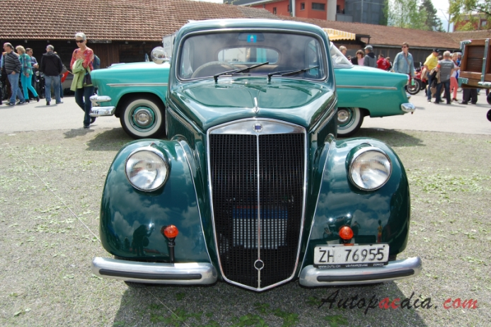 Lancia Ardea 1939-1953 (1950 4th series berlina 4d), front view ...