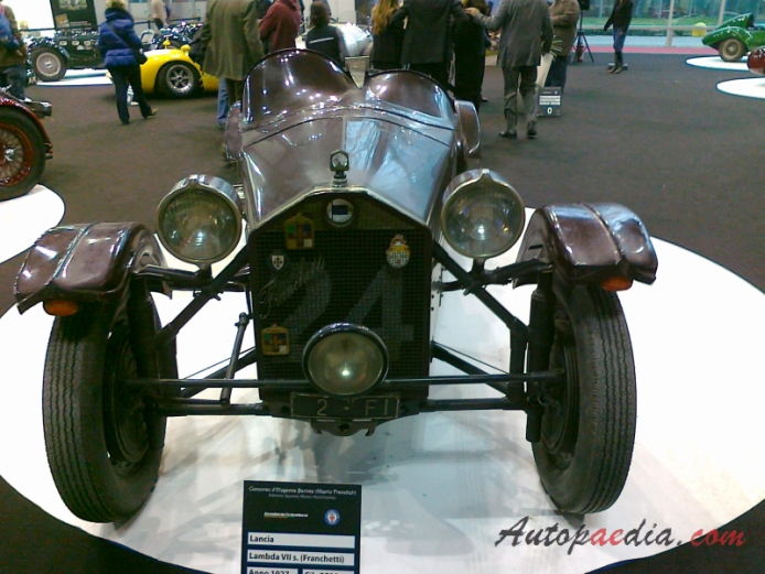 http://www.autopaedia.com/auta/Lancia/Lancia_Lambda/Lancia_Lambda_1922-1931_(1927_7th_series_Franchetti_roadster)_(01)_-AB1-.jpg