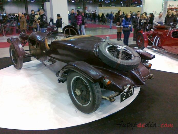 http://www.autopaedia.com/auta/Lancia/Lancia_Lambda/Lancia_Lambda_1922-1931_(1927_7th_series_Franchetti_roadster)_(01)_-CA1-.jpg